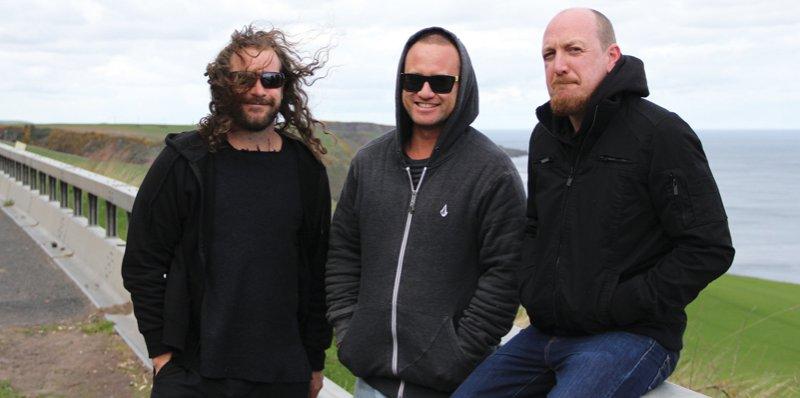 On foreign soil jakob 39 s sines 2015 uk european tour for Soil tour dates 2015